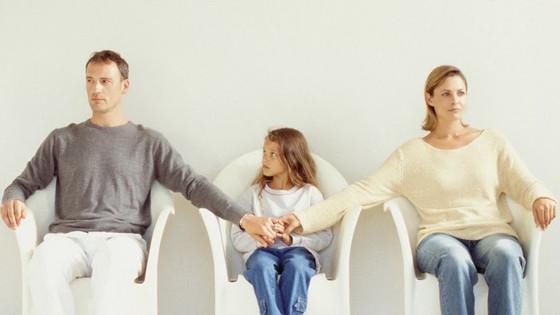 Παιδί και διαζύγιο: Πώς θα βοηθήσετε τα παιδιά να αντιμετωπίσουν τον χωρισμό