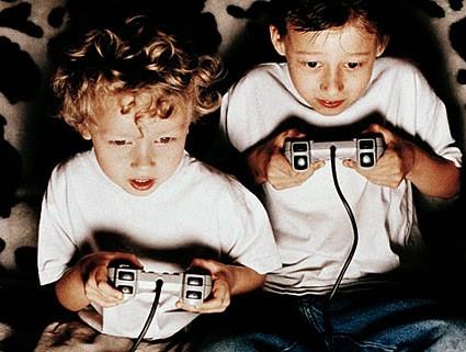 Τηλεοπτική βία και ηλεκτρονικά παιχνίδια που περιέχουν βία: Πώς επηρεάζουν τη συμπεριφορά των παιδιώ