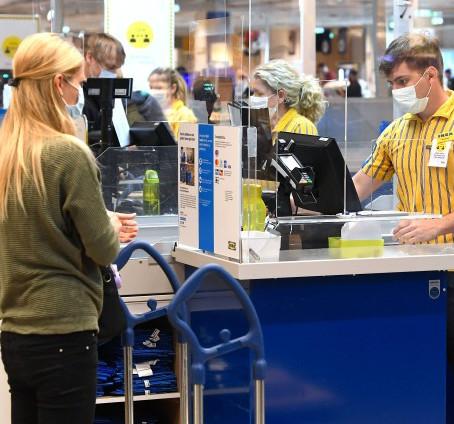 PAYPAL-CHEF IM GESPRÄCH:  Beschleunigt die Krise den Niedergang des Bargelds?