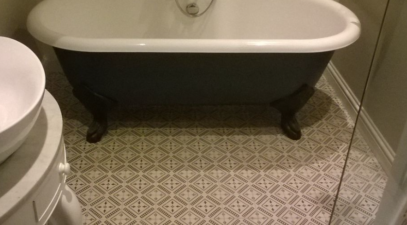 small bathroom floor tile