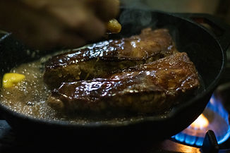 steak-cast-iron-coronation-hotel-1.jpg