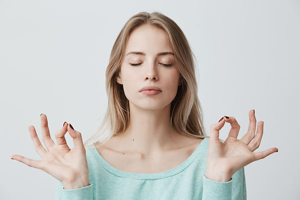 people-yoga-and-healthy-lifestyle-gorgeo