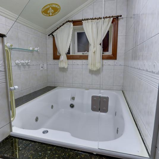 Banheira dupla - Suíte Florença
