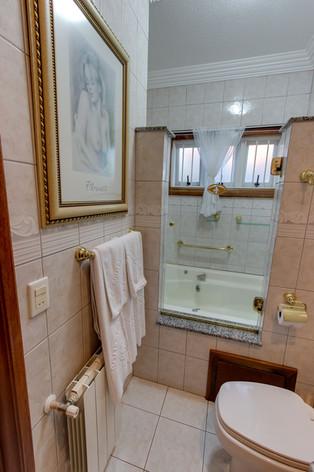 Banheiro com hidromassagem - Apartamento FLORENÇA