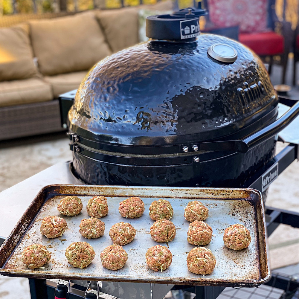 Easy and delicious smoked meatballs!