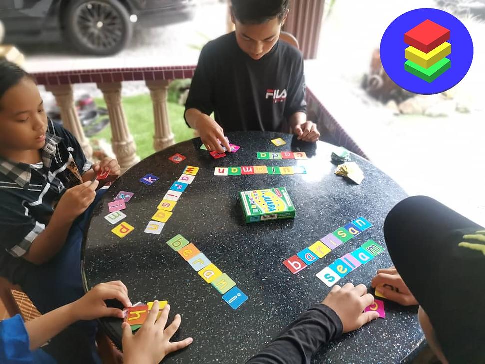 kids play i-juara.png