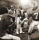 Broncos - Elway shaking hands.jpg