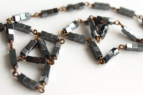 Cubed Hematite Glittering Layering Necklace