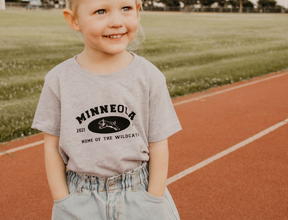 YOUTH SPORTS TEE IN GRAY