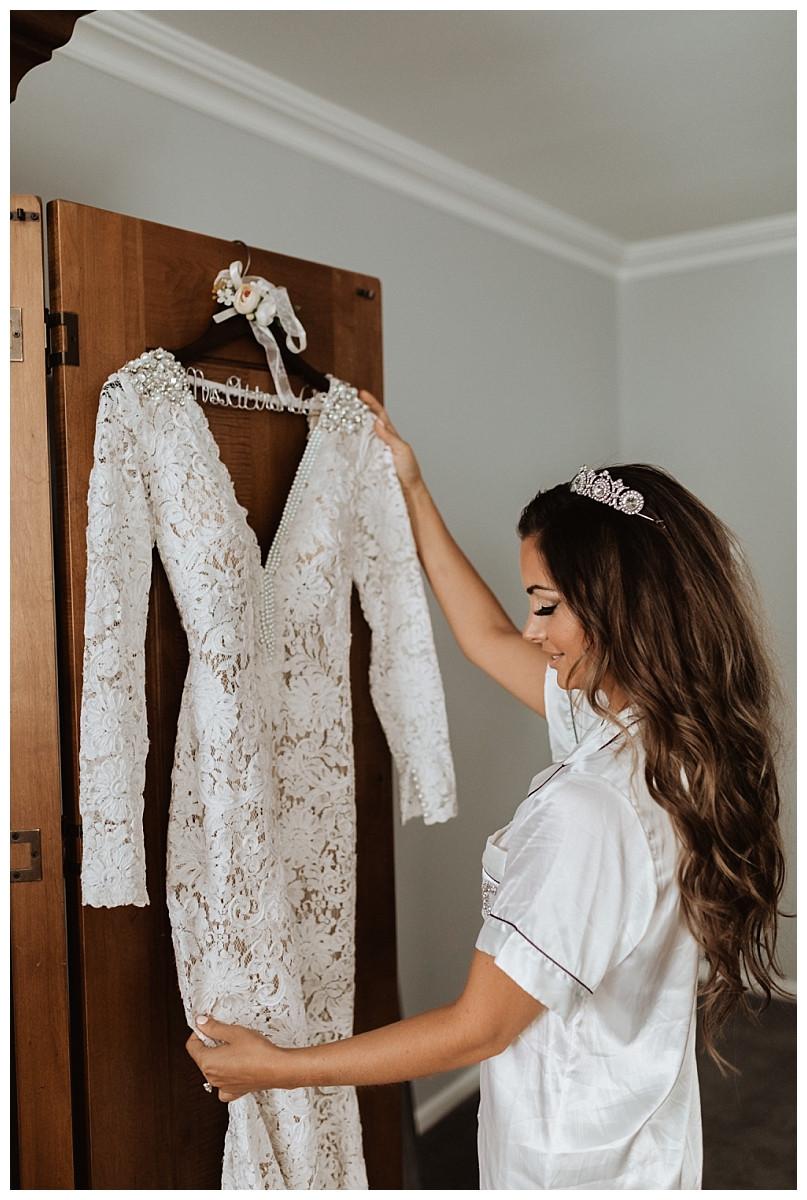Getting Ready Bridal Portraits, Sara Fitz Co