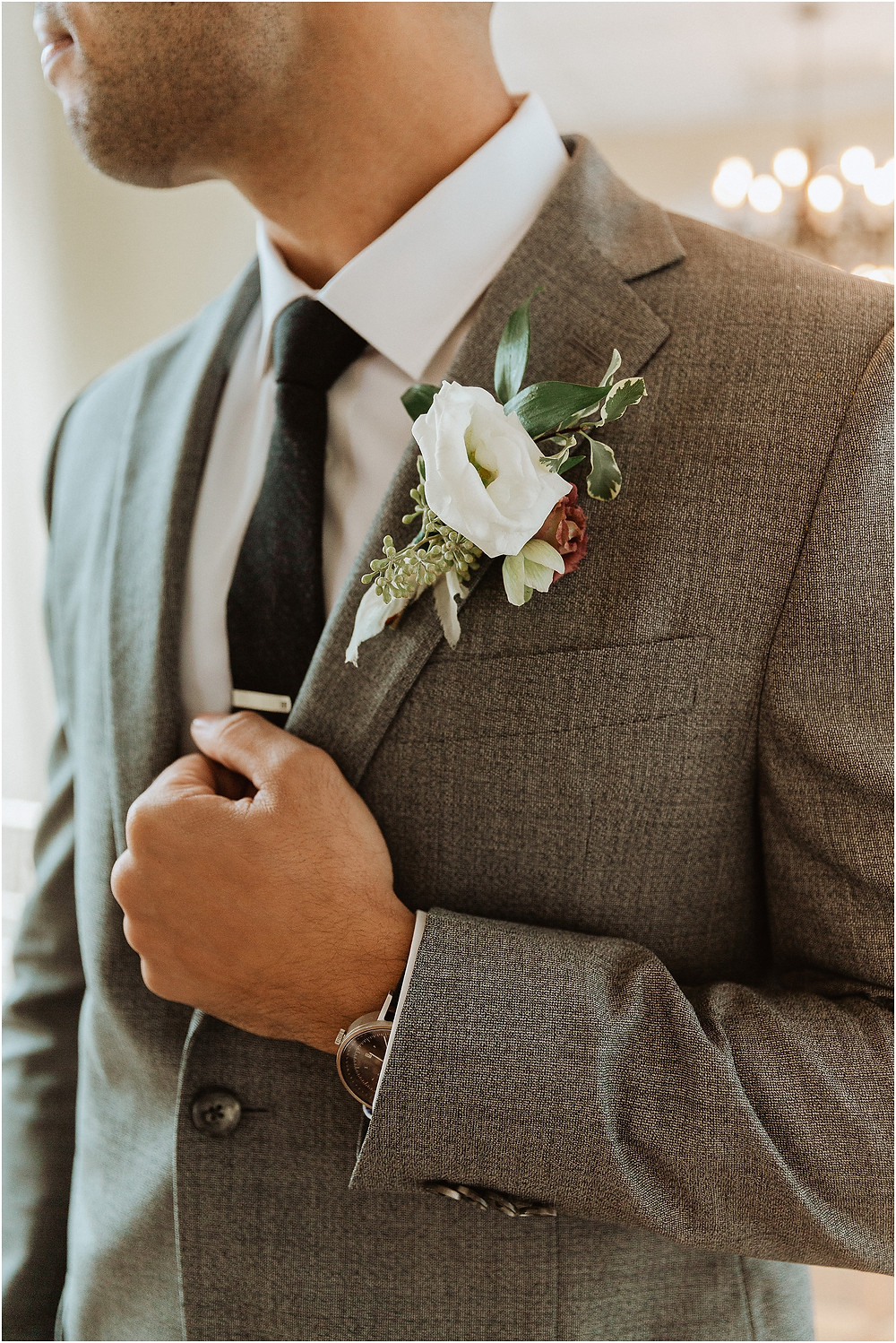 Groom Boutonniere Details