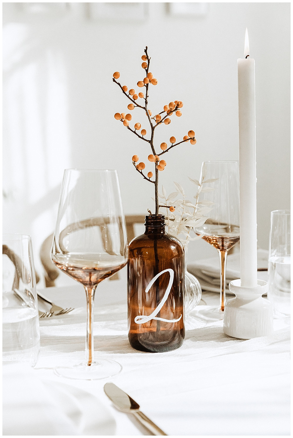 Simple Elegant Earthy Table Centerpiece