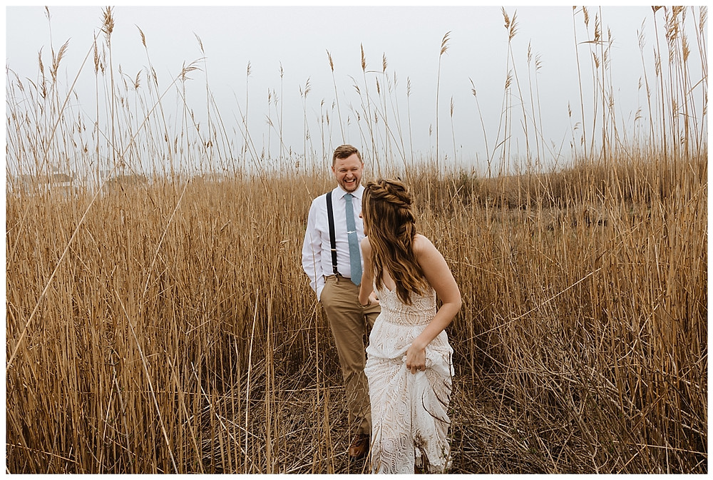 Grassy Meadow Bride & Groom Portraits