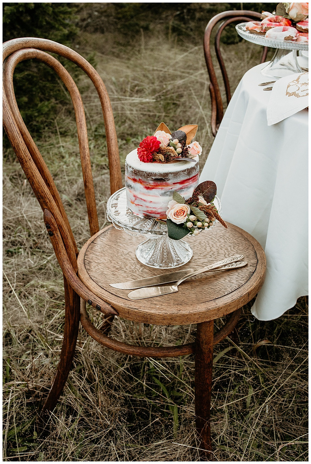 Bright Streaked Watercolor Wedding Cake with Flowers