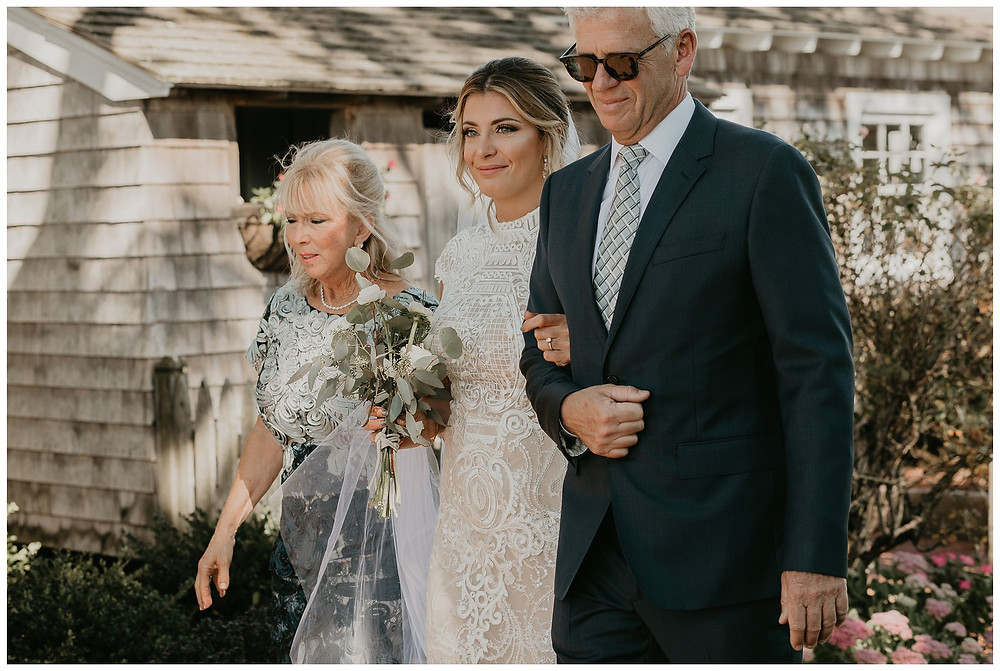 First Look at Vintage Boat Wedding