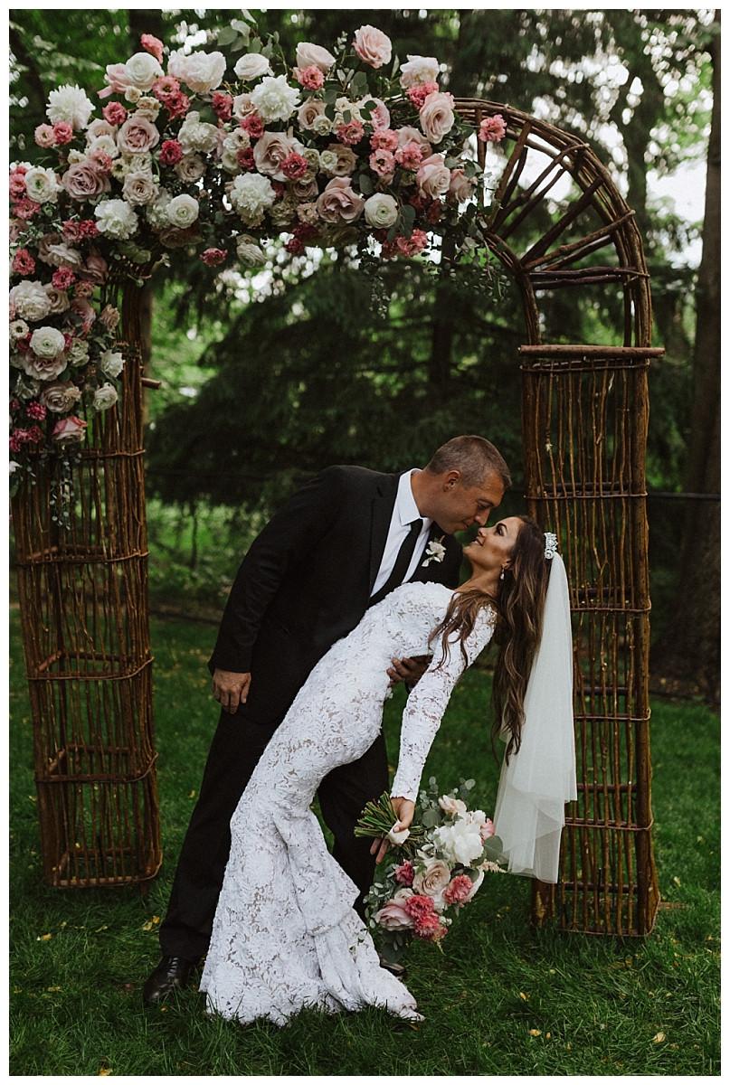 Romantic Bride & Groom Portraits, Sara Fitz Co