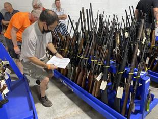 Gun Auction Raises $130K For Law Enforce.