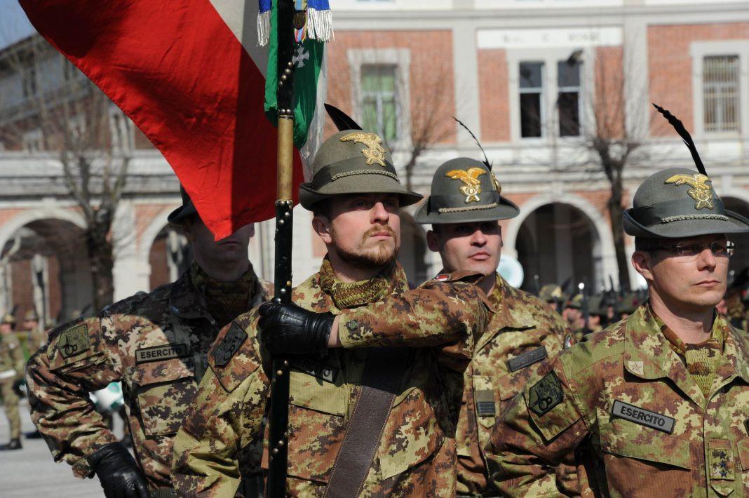 Bandiera-di-Guerra-dell8°-reggimento-alp