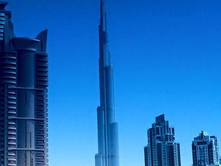 Bir varmış bir yokmuş, bir şeyhin bir düşü varmış… Çölde bir mega şehir DUBAİ ve Muhteşem camiisi il