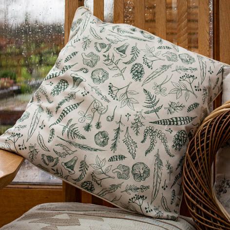 foraging-cushion.jpg