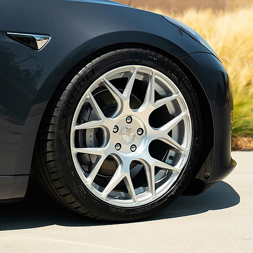 Avant Garde M590 Wheel Set For Tesla Model 3