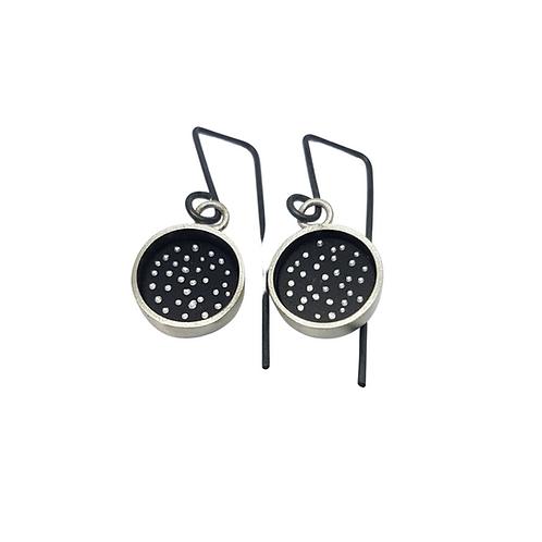 Short dotty earrings