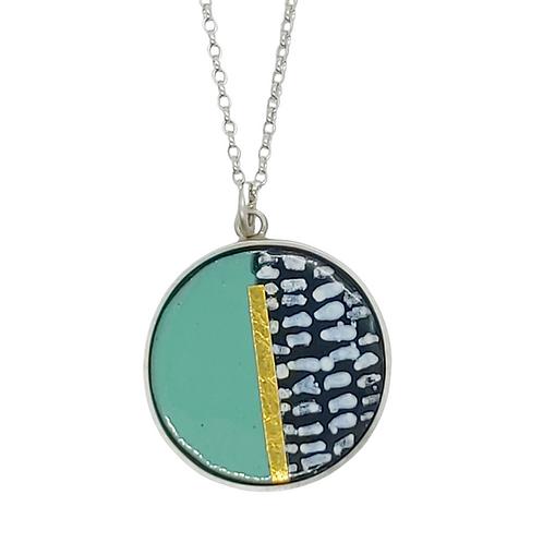 Dash lichen necklace.