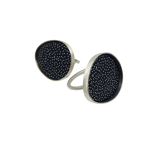 Dotty egg ring