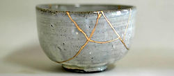 kintsugi-crack-method-1.jpg