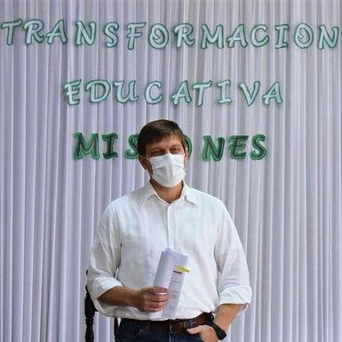 Ministro Brunetti insta a protagonizar la Transformación Educativa