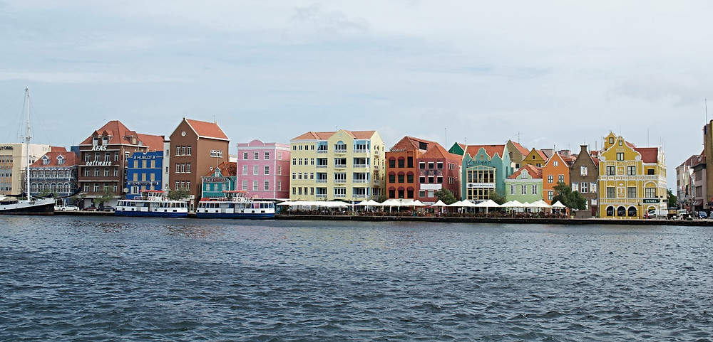 Noie Vacation Curacao, Willemstad waterfront