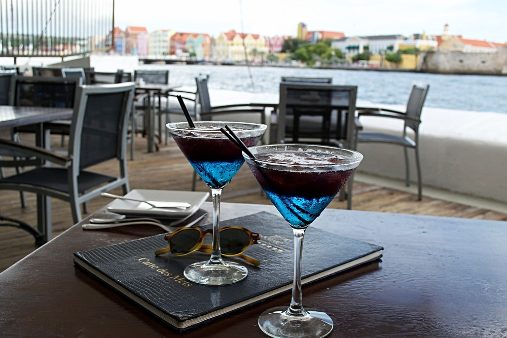 Noie Vacation Curacao, Drinks on the waterfront at Bistro Le Clochard