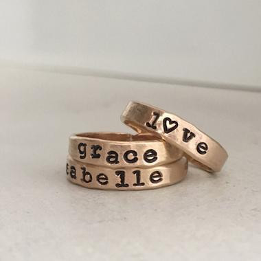 https://www.isabellegracejewelry.com/collections/rings