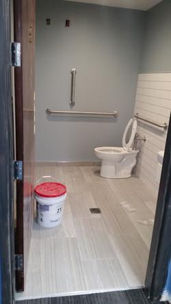 restroom before2