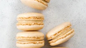 Maple and Cinnamon Macarons