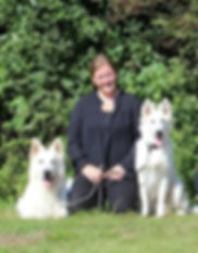 Nanna, White Rewyr, Hvit Geterhund