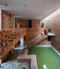 Shikhor- Country house by Spatial Architects