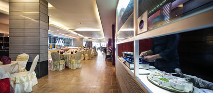 restaurant, hotel the cox today