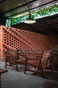 The Garage Food Court Niketon