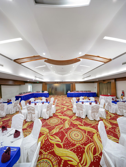 Main Hall, hotel the cox today