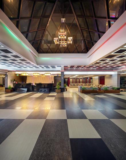 reception lobby, hotel the cox today