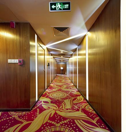 presidium suites corridor, hotel the cox today