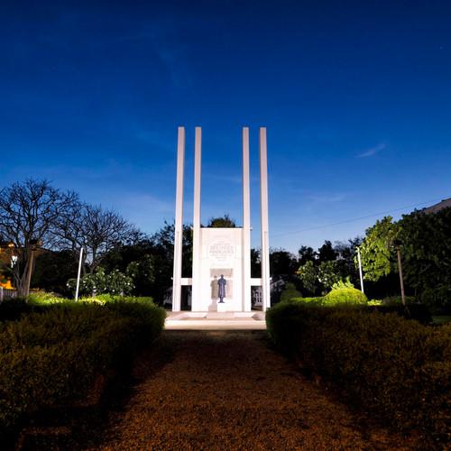 french-war-memorial_3-custom.jpg