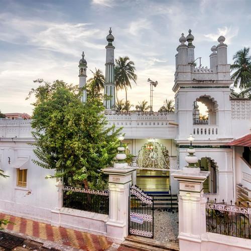 jamai-mosque-kuthbha-mosque_4-custom.jpg