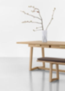 George table for Zoom by Mobimex