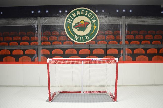 mural hockey wild.jpg