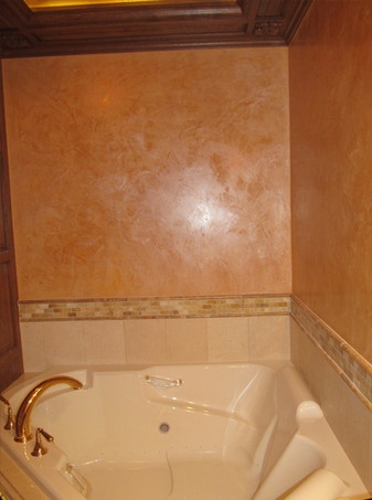 big_venetian bathroom corner.jpg