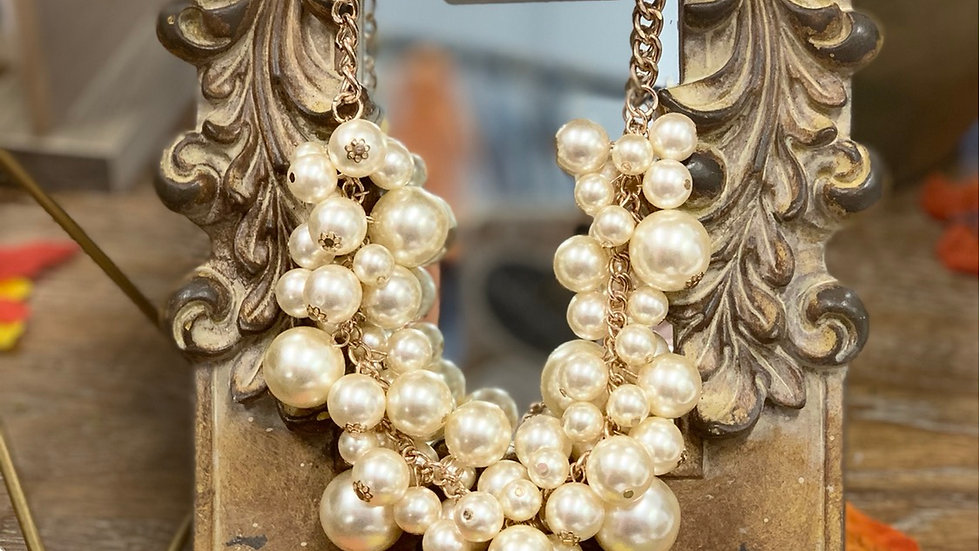 Cluster Pearl Necklace with matching Earrings