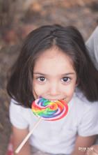 צילומי משפחות בטבע ממתקים