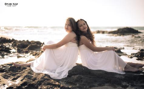 צילומי בת מצווה בחוף פלמחים